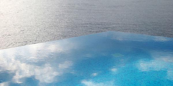 piscine sans bords